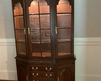 Harden mahogany China cabinet with dimmable lighting