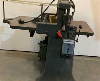 Located in: Chattanooga, TN MFG Challenge Ser# 7902 Paper Cutter Style - H Size - 265 Inch *Sold As Is Where Is*  SKU: M-FLOOR Unable to Test