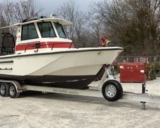"""Year: 2006 Make: Boston Whaler Model: 27 Vigilant Color: White Buyer Premium 10% BP Located in: Chattanooga, TN Operational Status: Runs and Rides ***Marine Survey Report Attached to Listing from September 25th 2018*** HIN - US-WCG00266F606 Hours - 80 12 Person Boat Weight - 13,680 lbs Max Cap 4,000 lbs 12'9""""H x 27'L x Motor Specs- MFR - Mercury Model - Verado 250 Gas Powered Pump Motor Spec- MFR - Westerbeke Model - W700AWP Serial - 743216-E603 4Cyl Gas Powered Characteristics - Modi?ed-V planning hull featuring Boston Whaler's unique Unibond (TM) closed-cell foam FRP (?ber reinforced plastic) construction, featuring; a moderate raked ?ared bow, ?at sheer line, watertight lift-out hull side door (port side), tiered self-draining transom w/extended engine platform, swim platform, hard chines and hull lifting strakes - Whaler badges. side grab handles - s/s tow eyes - s/s, bronze, and plastic thru-hull ?ttings - transom mounted s/s hull trim tabs w/single rams - Marlon plastic depth/spe"""