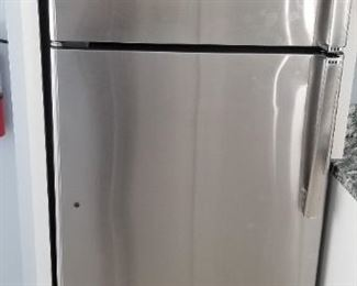 GE stainless steel refrigerator (no ice maker)