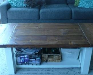 DROP LEAF COFFEE TABLE AND MATCHING LAMP TABLE