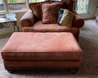 Matching Ashley Oversized chair with ottoman