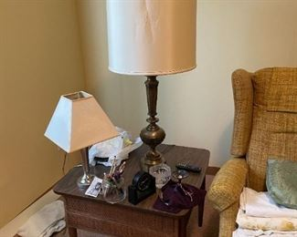. . . this is a nice mid-century end table that has a match -- notice two lamps