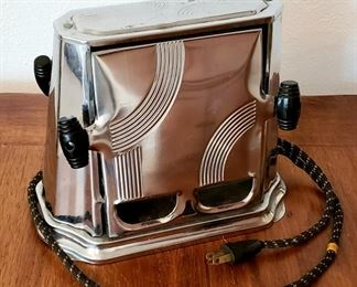 Vintage toaster in excellent condition