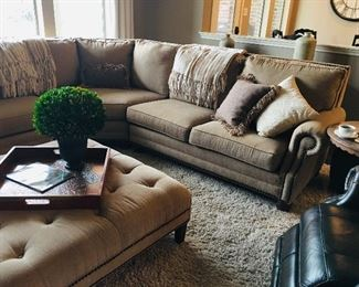 Mayo Furniture Sectional Sofa with Rolled Arms
