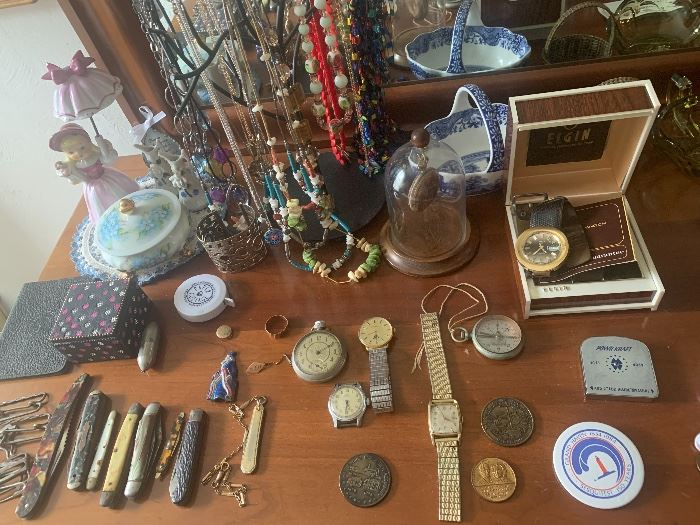 Vintage Watches and Pocket Knives