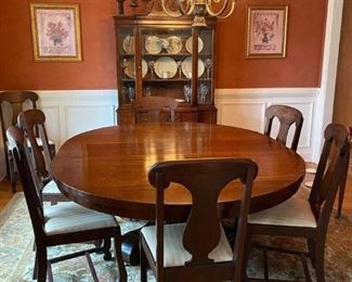 Solid Mahogany Dining Table and 8 chairs