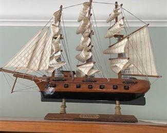REPLICA WOOD SAILING SHIPS