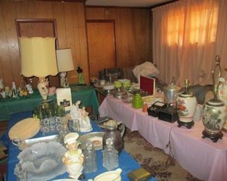 A number of rooms JAM PACKED WITH ITEMS priced to sell