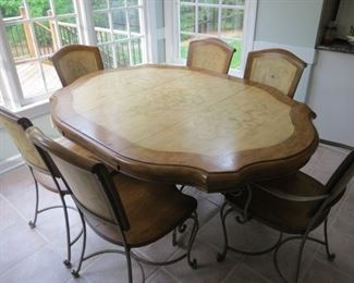 HANDSOME BREAKFAST ROOM TABLE AND CHAIRS.