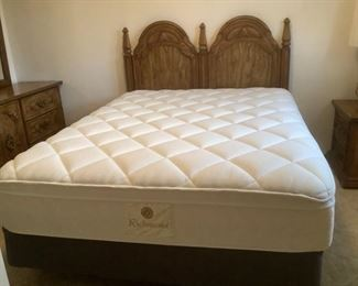 Denver Mattress Richmond Queen Set