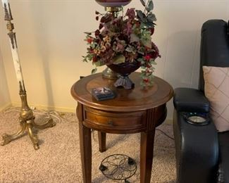 End table, hurricane glass table lamp, Floral Decor