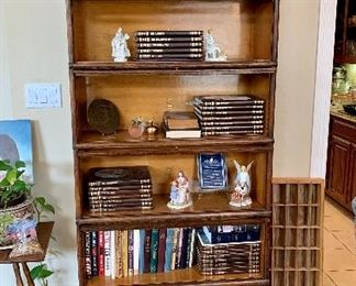 Beautiful Antique 6-Stack Barrister Bookcase