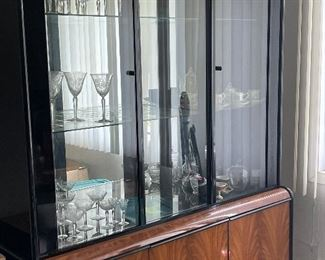 China cabinet, lights up