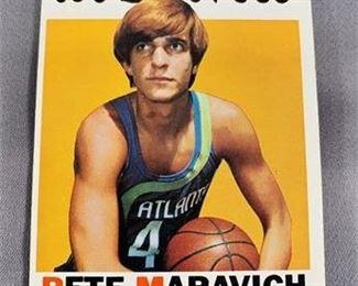 Lot 228 1971-72 Topps Pete Maravich Card.    https://www.bidrustbelt.com/Event/LotDetails/118862489/197172-Topps-Pete-Maravich-Card