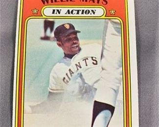 Lot 060 1972 Topps Willie Mays Card