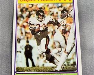 Lot 202 1981 Topps Walter Payton Card