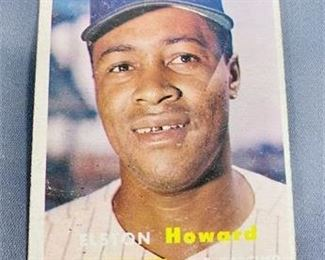 Lot 040 1957 Topps Elton Howard Card
