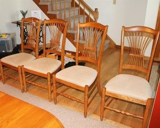 Summerfield - 4 Side Chairs - Richardson Brothers Furniture