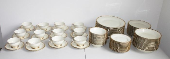 Schonwald China (Service for 12 plus Service Pieces - Great Wedding Present)