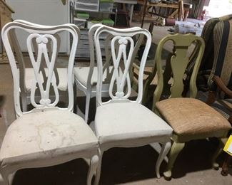 Set 4 white painted chairs