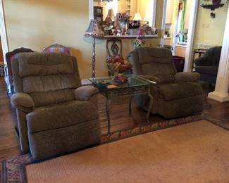 pair recliners
