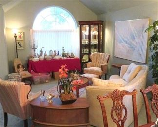 SPOTLESS HOME IS FULL OF FINE ACCESSORIES AND DESIGNER FURNITURE