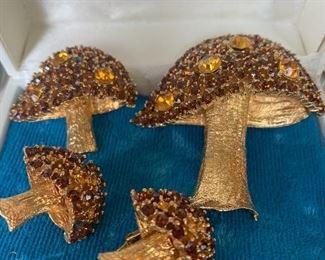 Mid-Century Mushroom Brooches and Earrings.