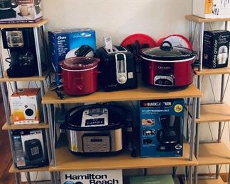 Slow cookers, electric heaters, coffee makers & grinder, InstantPot, waffle iron, toaster & more!
