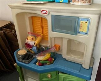little tykes play kitchen and assorted toys