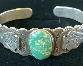 Vintage Early Sterling Silver Cuff Navajo Stamped Green Turquoise Arrow Head Bracelet 21.5 Grams