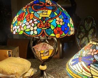 tiffany bird house lamp
