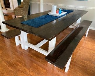 Farm House Table / 2 Benches    8ft