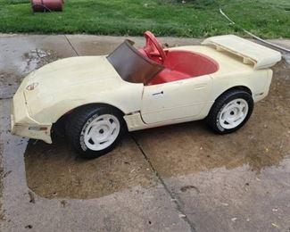 Vintage Corvette Power Car - Needs New Battery