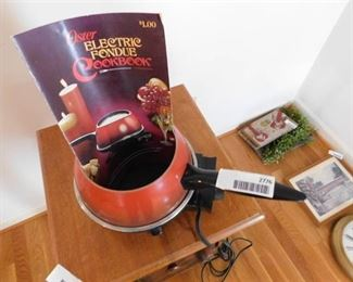 Oster Fondue Pot - Electric