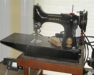 SINGER 221 FEATHER WEIGHT