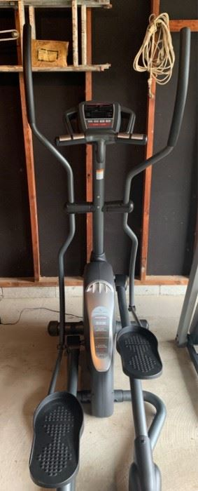 Fitness Gear 821E Elliptical