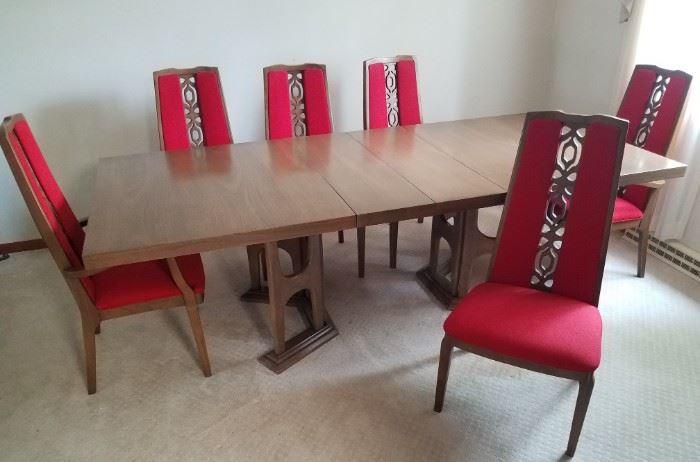 Kroehler Dining Table