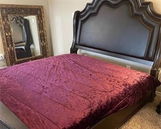 ao King bedroom set