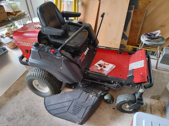 Purchased in 2004 and now only 675 hours on it! Works perfectly! Comes with paperwork and extra keys!
