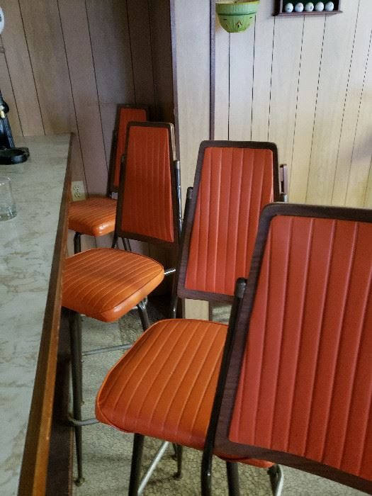 Set of 6 MCM bar stools.  Color is off in picture There is no fading all in excellent condition