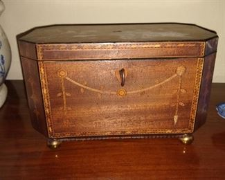 Antique English tea caddy with key.