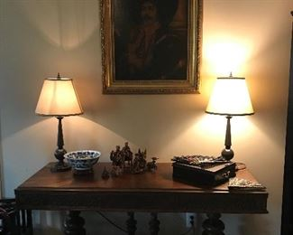Antique console that pulls out into library table 1940 circa