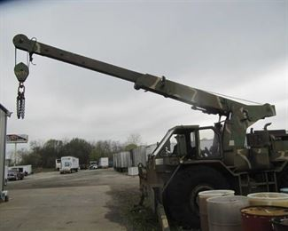 US  ARMY CRANE HANSON H-466A  - 4X4 - FULL LOCK OUTS -
