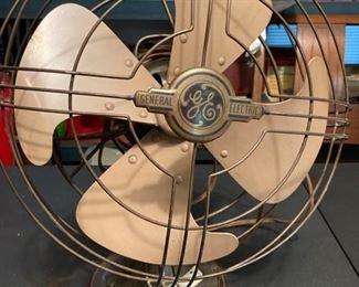 Working vintage GE revolving fan