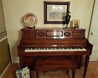 Brook Mays Piano, Great Condition