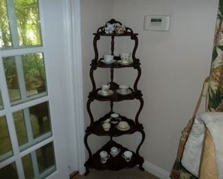 Nice corner holder for your tea cups or whatever?
