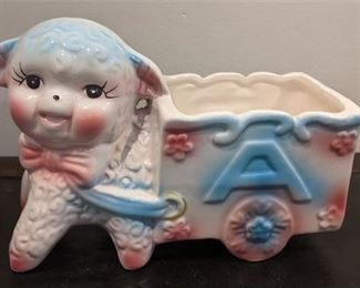 Lot 053 Vintage Lamb ABC Planter Children's/Baby