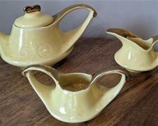 Lot 064 Vintage MCM Yellow Teapot Creamer Sugar Modern China Co. Sebring, Ohio