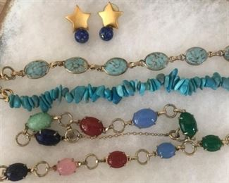 Non-gold with natural stones